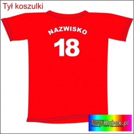 Śmieszna koszulka z nazwiskiem na 18 URODZINY
